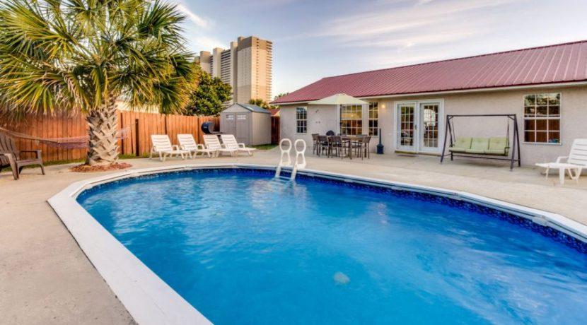 Gulf View - Backyard 1
