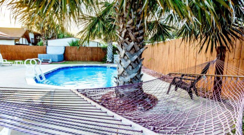 Gulf View - Backyard 2