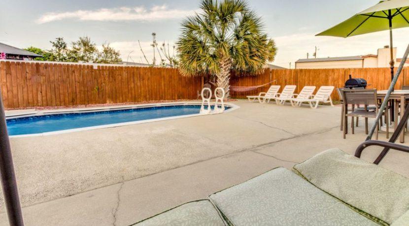 Gulf View - Backyard 4
